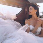 Bielizna ślubna pod suknię ślubną z odkrytymi plecami