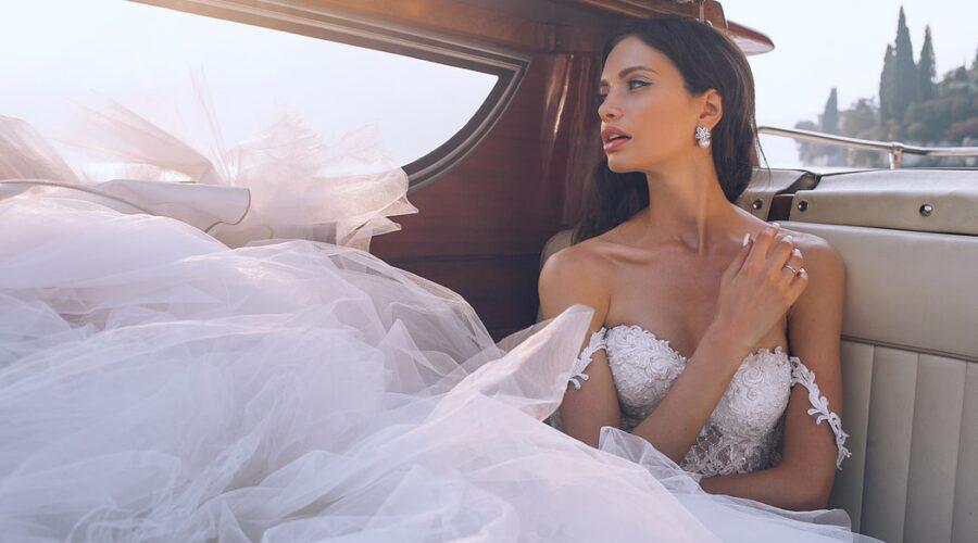 Bielizna ślubna do sukni bez pleców – porady
