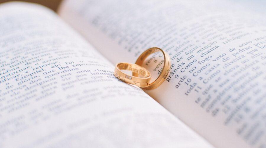 Jak wybrać idealny prezent na Rocznicę Ślubu?